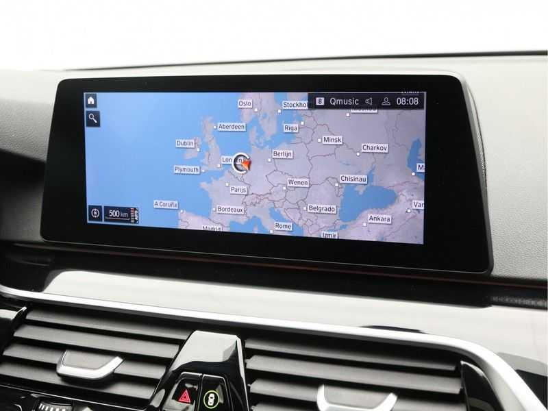 BMW 5 Serie 530i Aut. High Exe M-Sport afbeelding 2