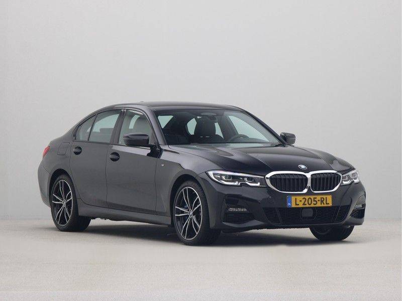 BMW 3 Serie Sedan 330e High Executive M-Sport Automaat afbeelding 7