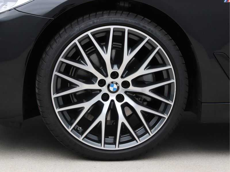 BMW 5 Serie 520i High Exe Aut. M-Sport afbeelding 21