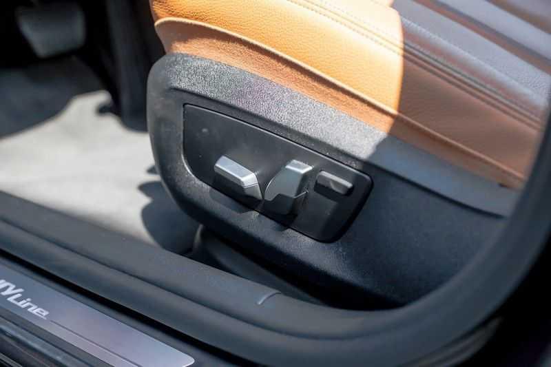 BMW 5 Serie 530d xDrive Luxury Line NW â¬100.000,- afbeelding 6