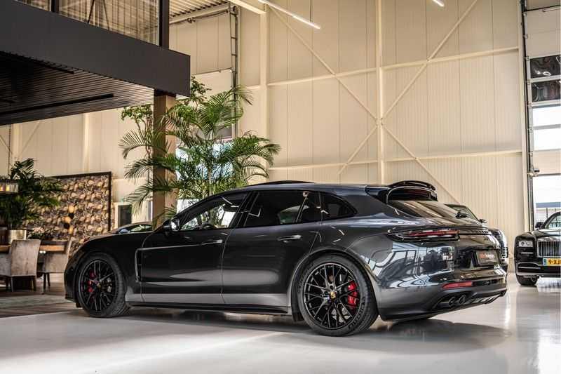 Porsche Panamera GTS Sport Turismo 4.0 | BOSE | Panorama | Alcantara | Comforttoegang | PDLS | PASM afbeelding 11