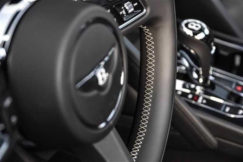 Bentley Bentayga V8 FIRST EDITION MULLINER+BLACKLINE+MASSAGE afbeelding 23
