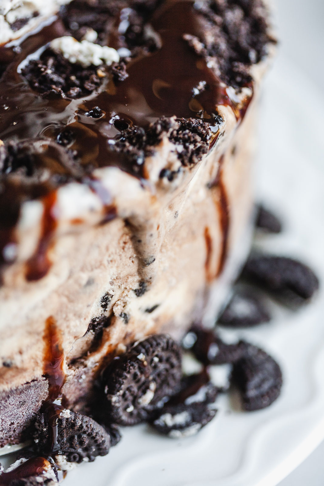 Chocolate Oreo Cookie Ice Cream Cake