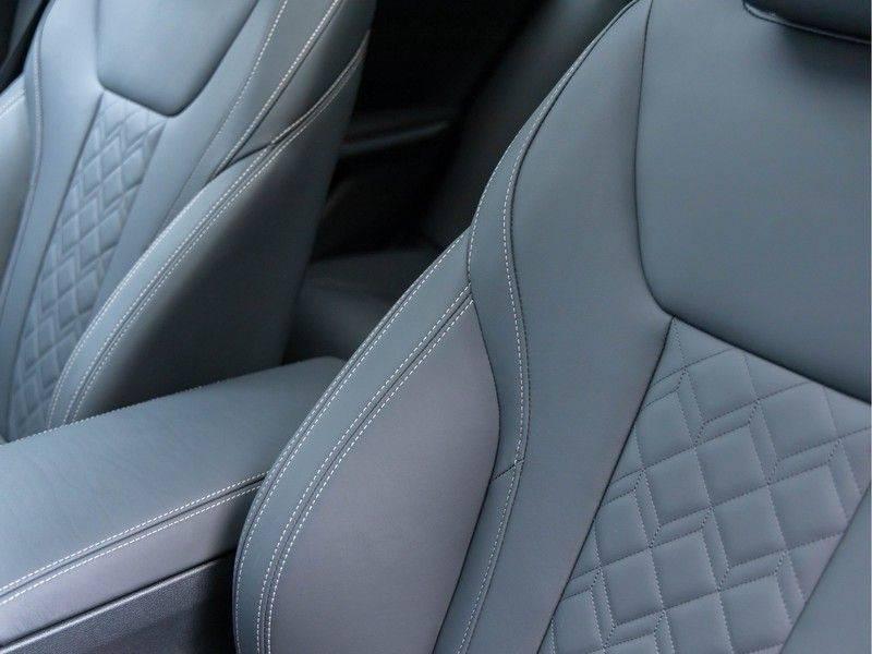 BMW 3 Serie Touring M340i xDrive Individual - Head-up - ACC - Harman Kardon - Panorama afbeelding 21