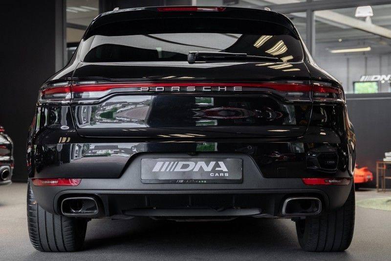 Porsche Macan Luchtvering Pano Leder Dashboard ACC Porsche Exclusive 2.0 Turbo afbeelding 3