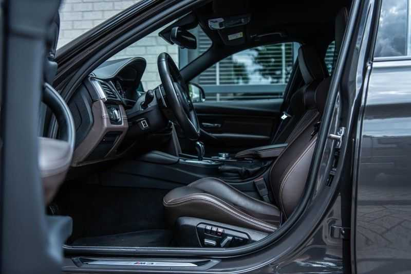 BMW 3 Serie M3 Competition DCTA, 450 PK, Facelift, Akrapovic, Harman/Kardon, Head/Up, LED, Surround View, Carbon, 2017, Org. NL!! afbeelding 7