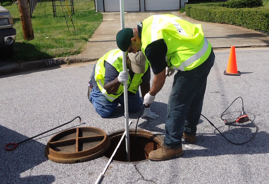 Crew working on sewer system with Fulcrum