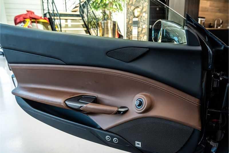 Ferrari 488 3.9 GTB HELE | Carbon | Passenger Display | Lifting | NP350.000,- afbeelding 21