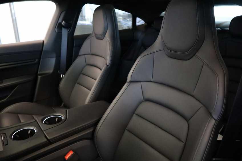 Porsche Taycan 4S Performance 571pk!   Prijs ex.btw 102.950,-   Full-Led Sport-Chrono Panoramadak Warmtepomp *tot 24 maanden garantie (*vraag naar de voorwaarden) afbeelding 28