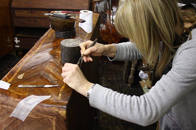 verna working on veneer