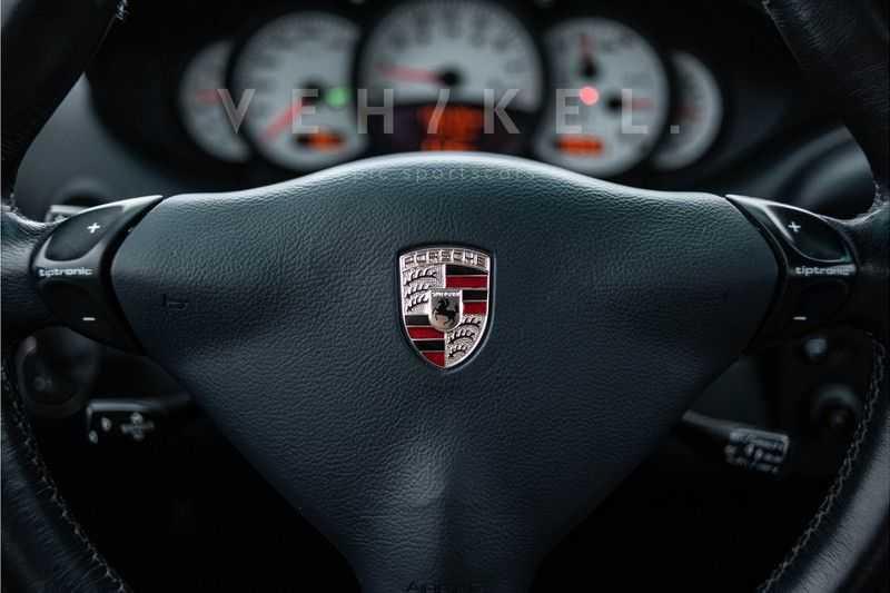 Porsche 911 3.6 Coupé Carrera 4 // Nachtblau // Mint condition afbeelding 22