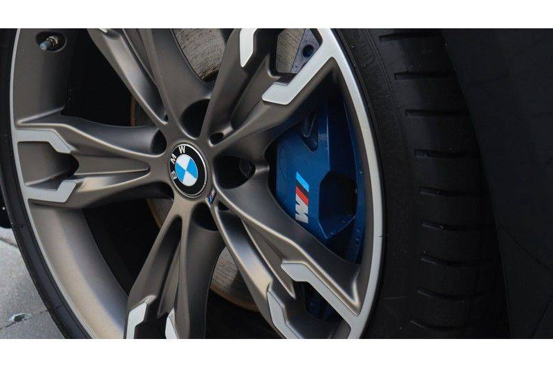 BMW 5 Serie Touring M550d xDrive High Executive Bowers & Wilkins, Head-Up Display, Soft-Close, Stoelventilatie afbeelding 5