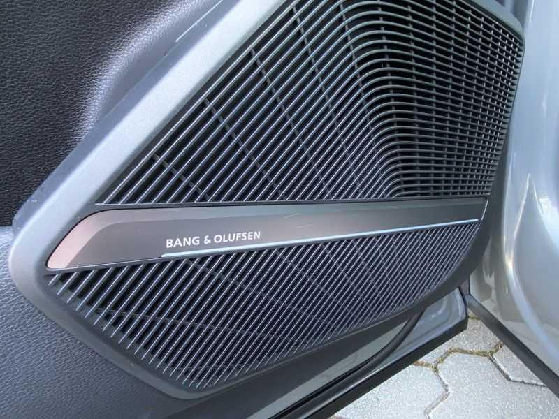 Audi Q5 2.0TFSI 252pk Quattro Black Optic Alle Opties! Lucht Tr.Haak Ruitleder Carbon Matrix Pano 20-Inch afbeelding 18