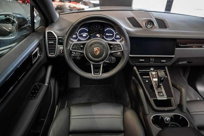 Porsche Cayenne Coupé Hybrid Sport Design Hoogglans 22' Adaptieve Sport Stoelen ACC Surround 3.0 E-Hybrid afbeelding 19