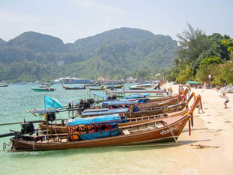 five destinations cheap budget travel koh phi phi thailand long boats