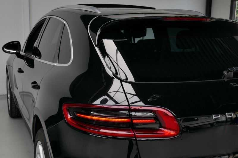 Porsche Macan 3.0 S Panorama - Luchtvering afbeelding 4