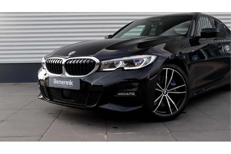 BMW 3 Serie 330i High Executive M-Sport Leder, Schuifdak, Harman/Kardon afbeelding 25