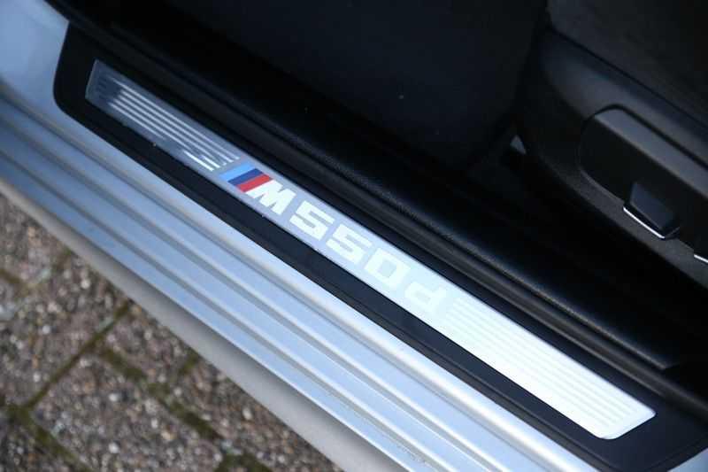 BMW 5 Serie M550D Facelift afbeelding 15