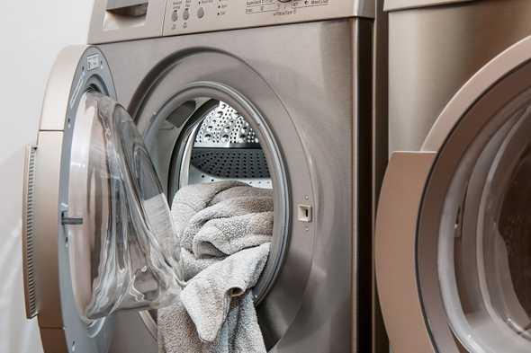 wasmachine met deur open
