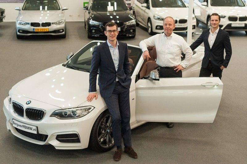 BMW 4 Serie Cabrio 420i High Executive - Head-up - Harman Kardon - Driving Ass. Prof afbeelding 3