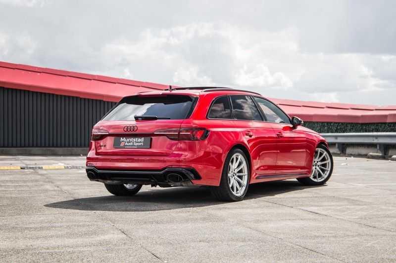 Audi RS4 Avant 2.9 TFSI quattro | 450PK | Sportonderstel Plus | Panoramadak | Inleg Carbon | B&O | Sportdifferentieel | Head-up afbeelding 19