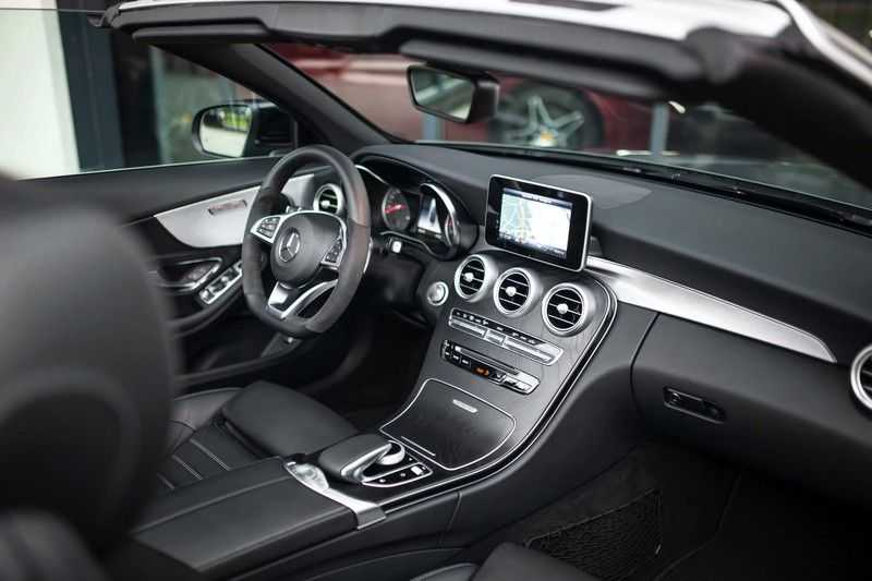 Mercedes-Benz C-Klasse Cabrio 180 Premium *AMG-Line / Airscarf / Keyless Go* afbeelding 7