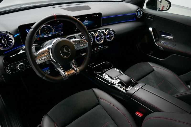 Mercedes-Benz A-Klasse A35 AMG 4MATIC Sfeer verlichting afbeelding 20