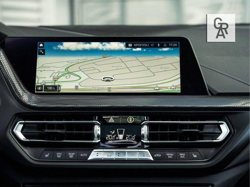 BMW 1 Serie M135i xDrive High Executive afbeelding 16