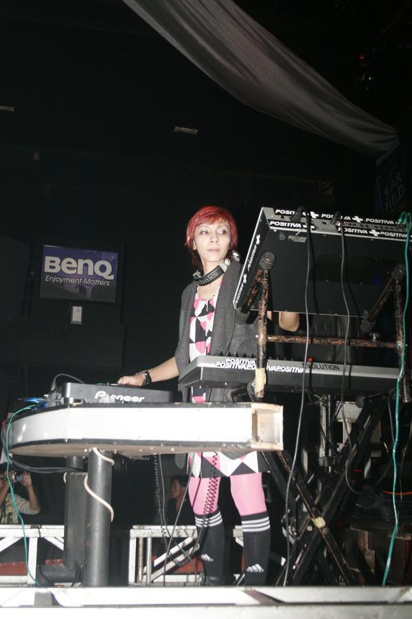 DJ Vanda Verena Yang Keren Dan Fenomenal