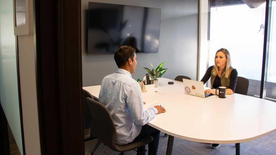 https://d33wubrfki0l68.cloudfront.net/9eadd720df92767c7d6a3449f2b68072893202a6/d7ccf/static/1ce753bd33843d19cff6db89b779f480/smartcar-job-interview.jpg