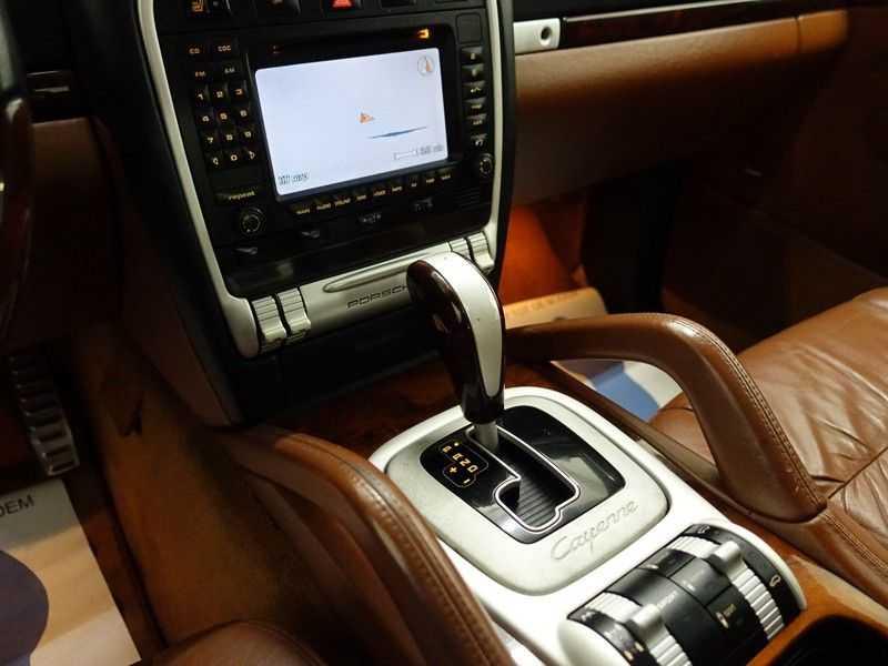 Porsche Cayenne 4.8 Turbo 500pk Autom, Schuifdak, Leer, Bose, Xenon, Memory, Full! afbeelding 8
