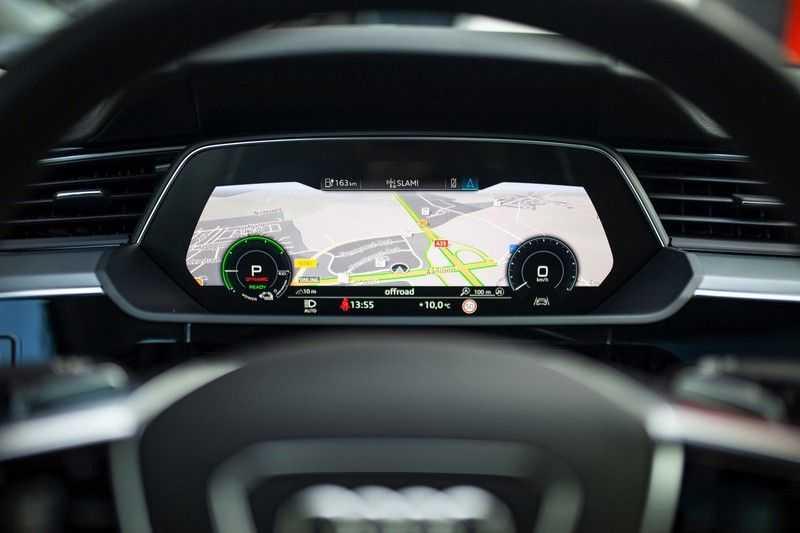 "Audi e-tron Sportback 50 Quattro S Edition *Pano / HUD / 21"" / Stad Pakket / DAB* afbeelding 4"