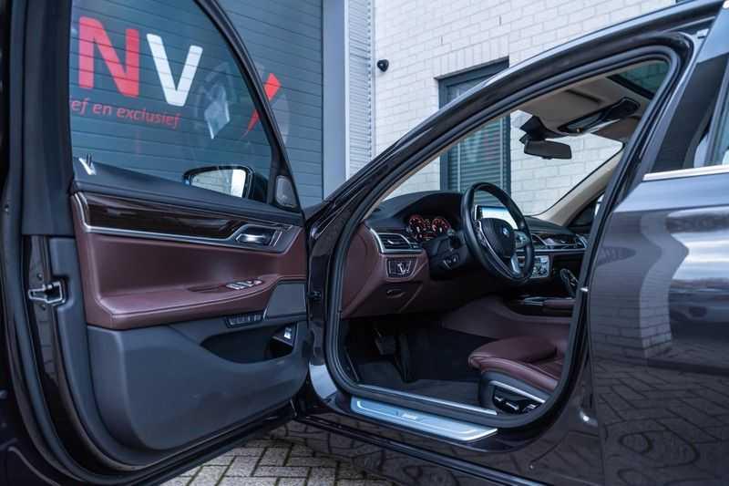 BMW 7 Serie 750i xDrive High Executive, 450 PK, Schuifdak, Gesture Control, Display/Key, Massage, Head/Up, Surround view, 56DKM!! afbeelding 6