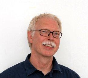 Dr. med. Jann Arends