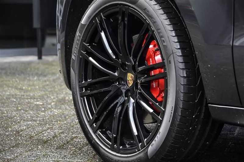 Porsche Macan TURBO AKRAPOVIC+21INCH+LUCHTV.+CAMERA NP.154K afbeelding 8