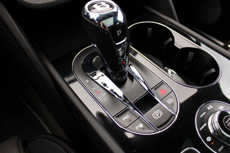 Bentley Bentayga 4.0 D 7p, Rear seat entertainment afbeelding 16