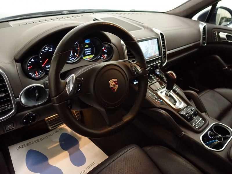 Porsche Cayenne 4.8 Turbo Sport Plus 500pk - Schuifdak, Keramisch, Full , Nw Prijs: €207.624 afbeelding 5