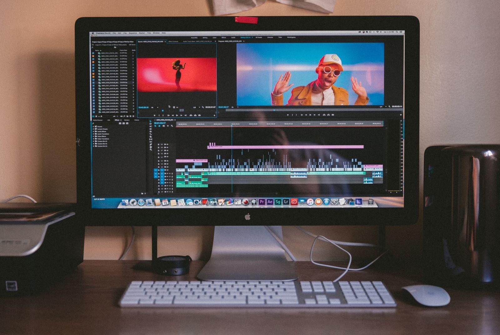 videographer graphic