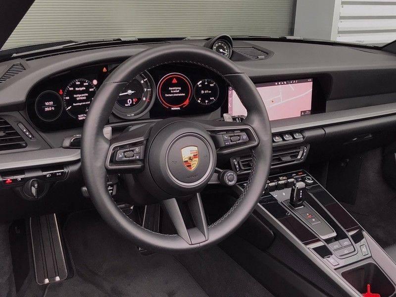 Porsche 911 Cabrio 3.0 Carrera 992 ACC, Sport/Chrono, Sportuitlaat, 14 Way, 360* Camera, Lane Assist, PASM, PDLS Plus, 21INCH afbeelding 11