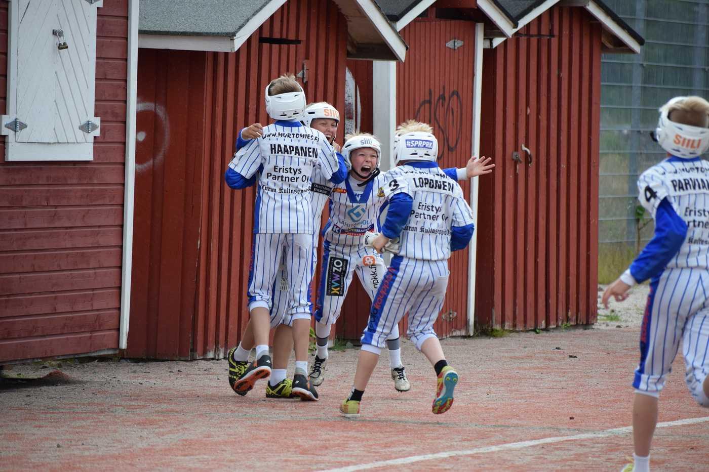 Pesiksen riemua. Kuva: Oulun Lippo Juniorit