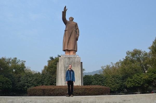 """Ich und Mao, Chinesen machen gerne Bilder aller """"Ich und was wichtiges."""""""