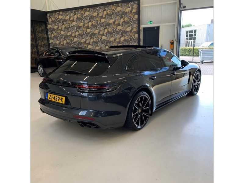 Porsche Panamera Sport Turismo 2.9 4 E-Hybrid   Sportuitlaat   Achteras sturing   Carbon   Stoel koeling   HUD   afbeelding 5
