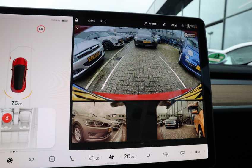 "Tesla Model 3 Long Range   prijs ex.btw 45950,-   FSD! Rood Zwart Navigatie 18""LM 4% Bijtelling Privacy glas 351 PK! afbeelding 17"