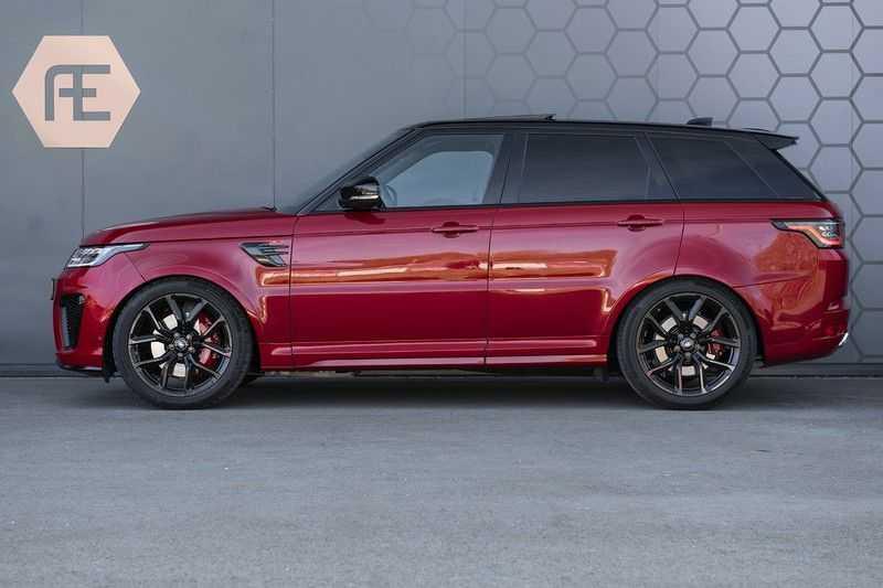 Land Rover Range Rover Sport SVR 5.0 V8 SC Meridian Reference Audio + Head Up + 360 Camera + Gekoelde/Verwarmde voorstoelen + Verwarmde  Achterbank + Carbon Motorkap Met Luchthappers + Ambianceverlichting afbeelding 11