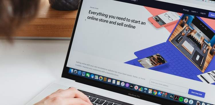 Ecommerce trend report on laptop