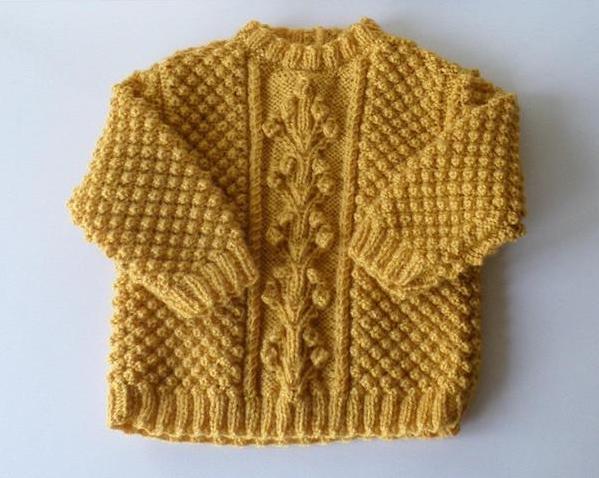 Petit pull jaune moutarde