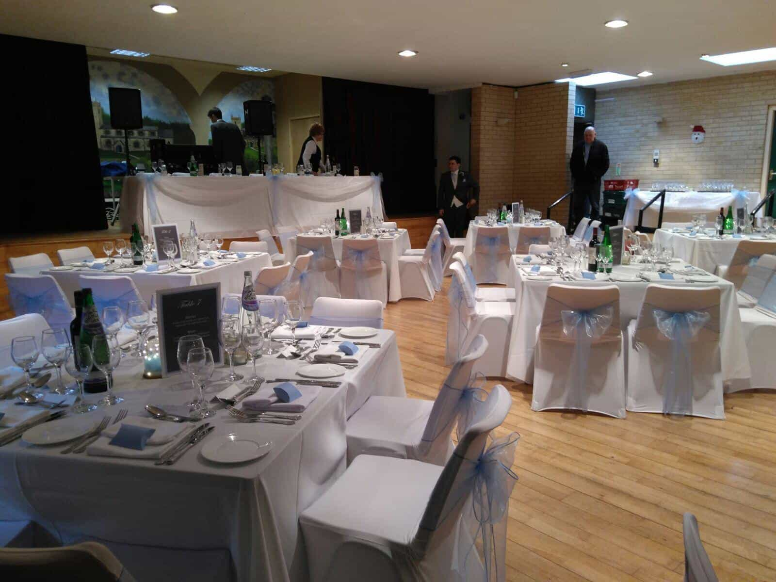 Wedding toptable with large 'love' letters where the bride and groom sit