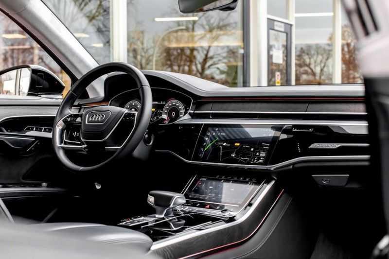 Audi A8 55 TFSI Quattro NP â¬160.000,- afbeelding 6