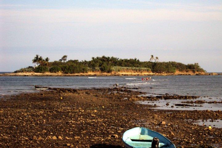 small island in costa rica