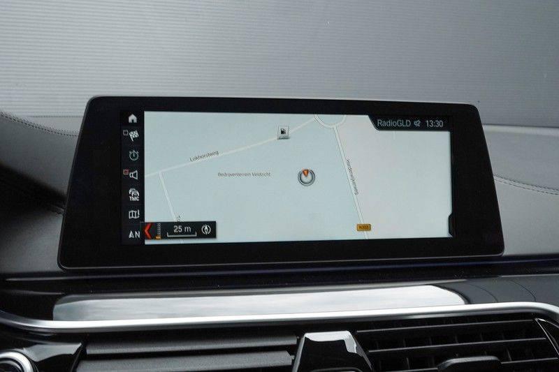"""BMW 5 Serie M550d X-Drive M-Pakket Shadow B&W Camera 360° Massage 20"""" afbeelding 20"""